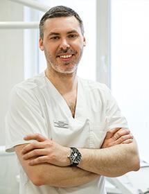 Батылин Александр стоматолог